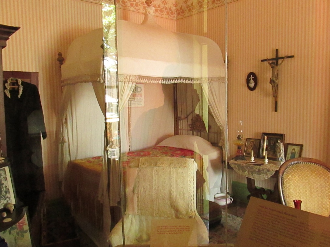 A panoramic view of the bedroom that the madam of Sepulveda House stayed in all her life.