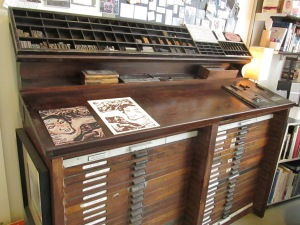 An old-fashioned artists table to keep papers of all kinds.